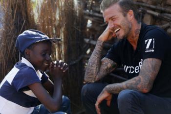 David Beckham em visita à Suazilândia. Foto: Unicef/UN021422/Modola