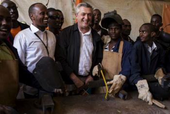Filippo Grandi prometeu continuar a dar apoio do Acnur aos sudaneses. Foto: Acnur/Siegfried Modola