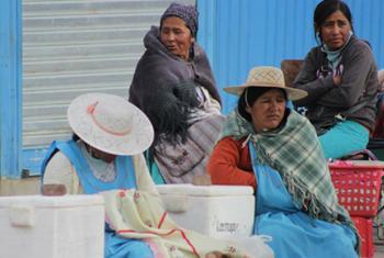Latino-americanos fazem parte de grupo de pessoas da região que estão sob risco: oficialmente, não são pobres, mas também não conseguiram alcançar a classe média. Foto: Pnud Brasil/Tiago Zenero