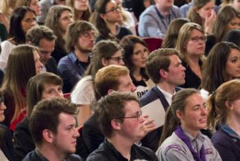 Fórum da Juventude. Foto: ONU/Evan Schneider