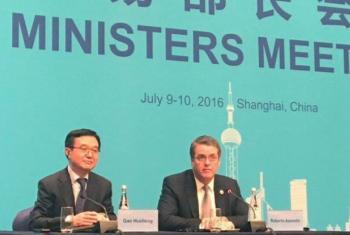 O diretor-geral da Organização Mundial do Comércio, Roberto Azevêdo (à dir.), em reunião do G-20 na China. Foto: OMC