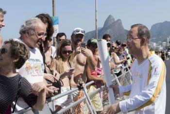 Ban Ki-moon na abertura dos Jogos Olímpicos do Rio de Janeiro. Foto: ONU/Mark Garten