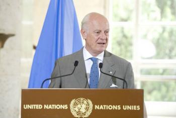 Staffan de Mistura em entrevista coletiva em Genebra. Foto: ONU/Violaine Martin