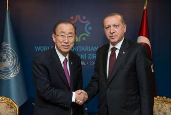 Secretário-geral da ONU, Ban Ki-moon, e o presidente da Turquia Recep Tayyip Erdogan, em maio de 2016. Foto: ONU/ Eskinder Debebe