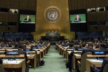 Ban Ki-moon discursa na abertura da reunião de alto nível sobre refugiados e migrantes. Foto: ONU/Cia Pak