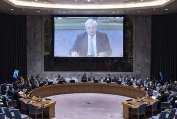 Stephen O'Brien fala, de Genebra, ao Conselho de Segurança da ONU. Foto: ONU/Kim Haughton