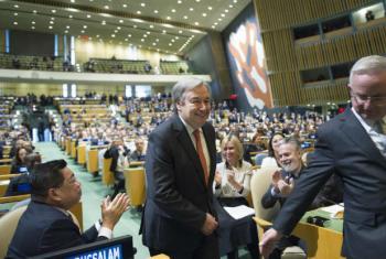 António Guterres na cerimónia de nomeação para o novo secretário-geral da ONU. Foto: ONU/Rick Bajornas