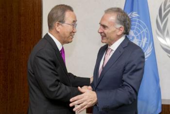 Encontro de Ban Ki-moon e Jean Arnault. Foto: ONU/Rick Bajornas