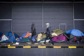 Refugiados e migrantes em Calais. Foto: Acnur/C. Vander Eecken