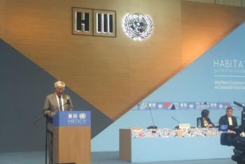 Joan Clos, chefe do ONU-Habitat, no encerramento da Habitat III, nesta quinta-feira, 20 de outubro, em Quito. Foto: Rádio ONU.