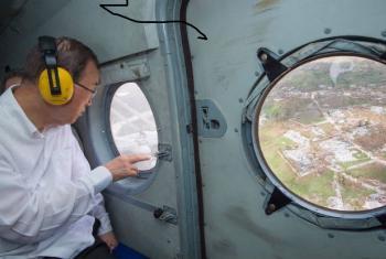 Líder da ONU chega a Les Cayes no Haiti após passagem de furacão