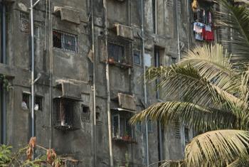 Fachada de prédio em Mumbai, na Índia. Foto: Banco Mundial/Simone D. McCourtie