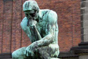 "Escultura ""O Pensador"" de Auguste Rodin, Dia Mundial de Filosofia. Foto: Hans Andersen"