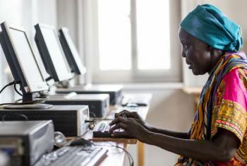 Semana do Comércio Eletrônico vai abordar implicações de desenvolvimento do uso de plataformas digitais.