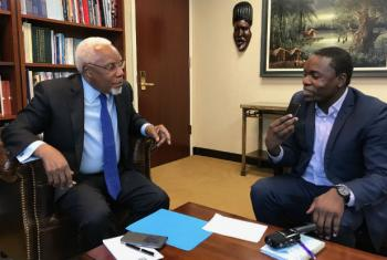 Ismael Martins concede entrevista a Eleutério Guevane. Foto: Rádio ONU