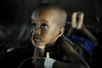 A situação é mais grave na África Subsaariana, que concentra 90% dos casos e 92% das mortes em todo o mundo. As crianças com menos de cinco anos são mais vulneráveis. Foto: ONU/Tobin Jones