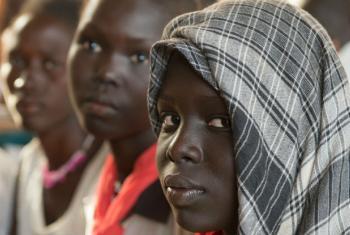 """O Escritório de Direitos Humanos alertou que os chamados """"movimentos populistas"""" estão invocando nacionalismo e tradicionalismo para justificar racismo, xenofobia, sexismo, homofobia e outras formas de discriminação. Foto: ONU/Eskinder Debebe"""