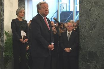 António Guterres fala aos funcionários da ONU. Foto: Leda Letra/ONU News
