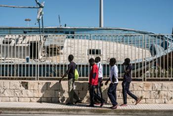 Maioria dos menores desacompanhados na Itália são adolescentes africanos. Foto: Unicef/Gilbertson