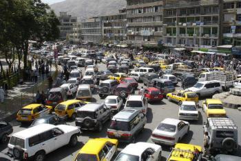 Tráfego em Cabul, capital do Afeganistão. Foto: Unama/Nasim Fekrat