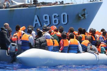 Refugiados e migrantes no mar Mediterrâneo. Foto: IOM/Francesco Malavolta (arquivo)
