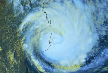 Imagem de satélite do ciclone Dineo