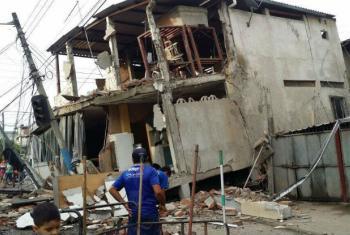 Prédio no Equador destruído por terremoto. Foto: Undac/Manabí
