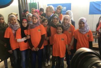 António Guterres no acampamento de refugiados em Zatari, na Jordânia. Foto: ONU/Stephane Dujarric