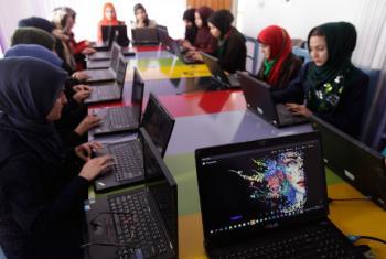 Dia Internacional das Meninas na Tecnologia da Informação. Foto: Unama/Fraidoon Poya