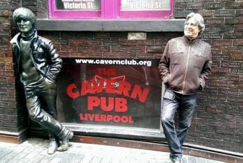 Ivan Lins em Liverpool, Inglaterra. (Foto: arquivo pessoal)