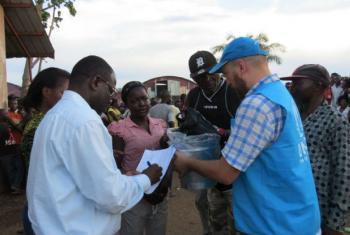 Refugiados congoleses no centro de recepção do Acnur em Angola. Foto: Acnur/Adronico Marcos Lucamba