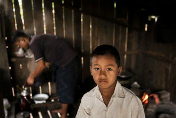 Mais de metade das crianças em Mianmar vivem abaixo da linha de pobreza.Foto: Unicef/Brown