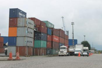 A necessidade de transporte de carga aumenta a medida que cresce a renda da populacao. Foto: Banco Mundial