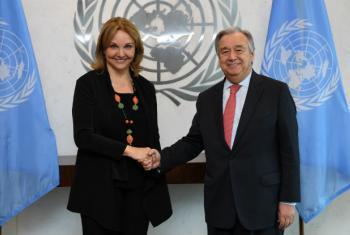 Josette Sheeran com o secretário-geral da ONU, António Guterres. Foto: ONU/Evan Schneider (arquivo)
