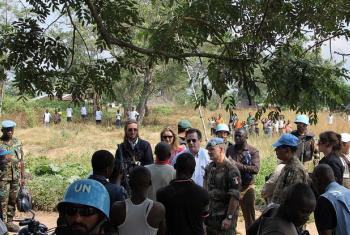 Pesquisadores das Nações Unidas mencionam que soldados congoleses teriam cavado muitas valas comuns. Foto: Monusco.