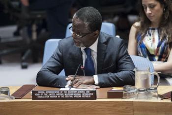 O representante do secretário-geral na República Centro-Africana, Parfait Onanga-Anyanga, em reunião no Conselho de Segurança da ONU. Foto: ONU/Kim Haughton