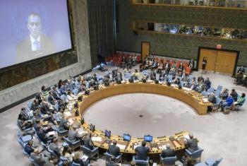 Nickolay Mladenov (em videoconferência) apresenta informe em reunião no Conselho de Segurança. Foto: ONU/Manuel Elias