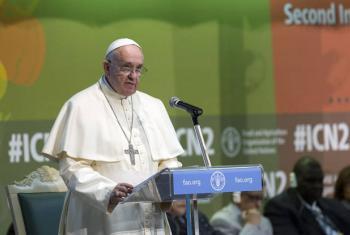 Papa Francisco em visita à FAO em 2014. Foto: FAO/Alessandra Benedetti