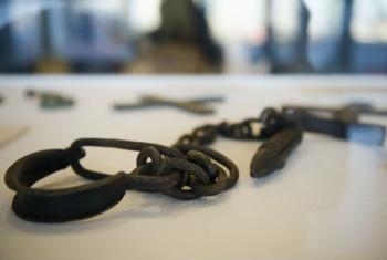 O Dia Internacional de Lembrança do Tráfico de Escravos e sua Abolição é 23 de agosto. Foto: ONU/ Mark Garten.