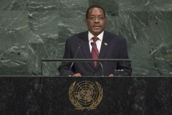 Embaixador António Gumende em discurso na Assembleia Geral. Foto: ONU/Cia Pak
