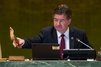 Para Miroslav Lajcák, qualquer alternativa ao multilateralismo se arriscaria a levar o mundo à repetição dos erros da história. Foto: ONU/Cia Pak.