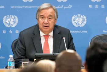 Guterres fala a correspondentes estrangeiros na sede da ONU.