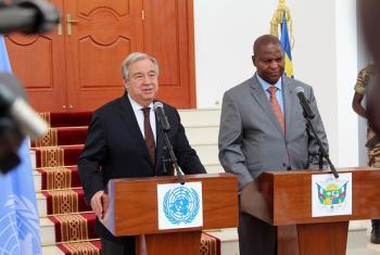 Guterres teve detalhes do plano nacional de reconstrução e consolidação em encontro com o presidente Faustin-Archange Touadéra. Foto: Minusca.