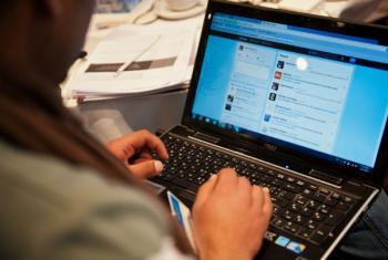 Ajuda internacional devia concentrar-se mais na área tecnológica. Foto: Arne Hoel / Banco Mundial