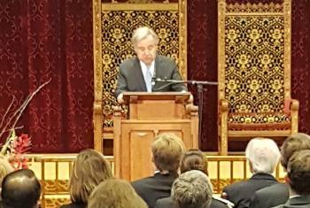 António Guterres em discurso no Tribunal Penal Internacional, em Haia. Foto: UNRIC/Christophe Verhellen