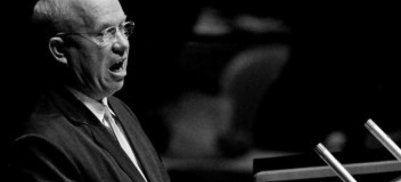 Никита Хрущев в ООН. Фото из архива ООН