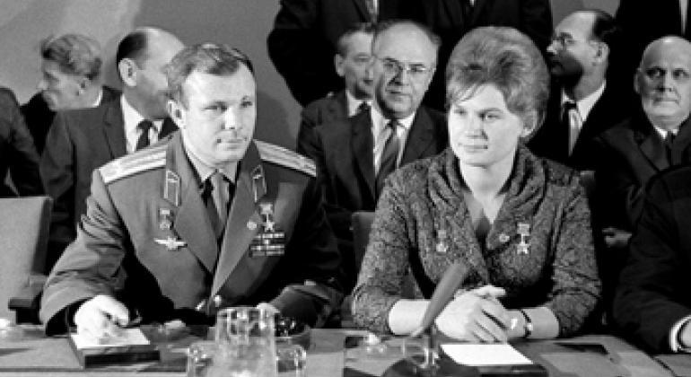 Пресс-конференция Ю.А.Гагарина и В.В.Терешковой в ООН.  Фото ООН