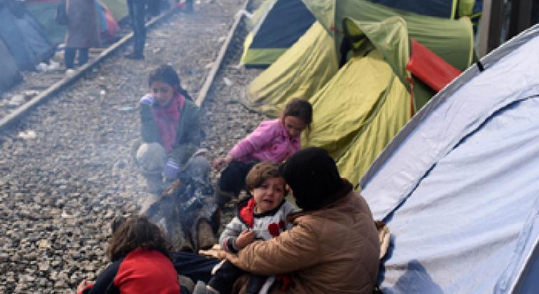 Беженцы часто становятся жертвами торговли людьми. Фото ЮНИСЕФ