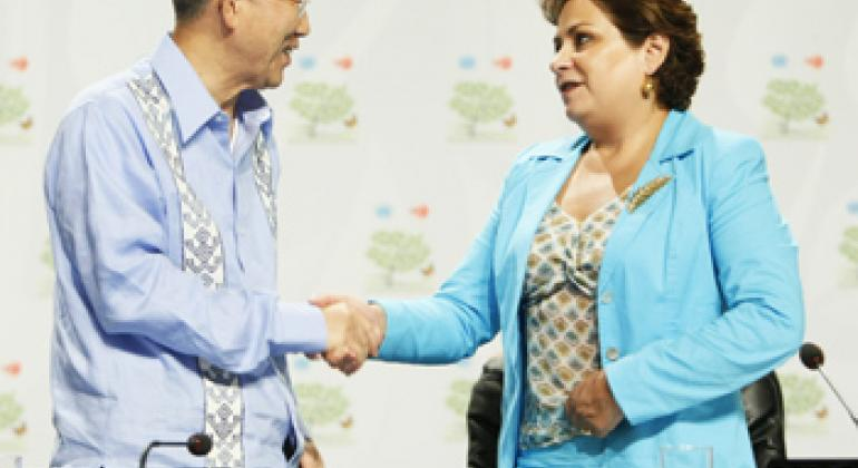 Пан Ги Мун и Патрисия Эспиноса. Фото ООН