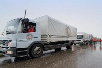 Доставка гуманитарной помощи в Сирии. Фото Управления ООН по координации гуманитарных вопросов.